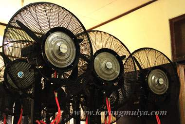 penyewaan misty fan, sewa misty fan, rental misty fan, rental kipas angin air, sewa kipas angin air, penyewaan kipas angin air, misty fan, kipas angin air, kipas angin besar, blower