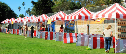 Penggunaan Tenda Sarnafil Untuk Berjualan