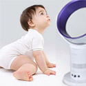 Terlalu sering terpapar kipas angin dan AC dapat menjadi masalah kesehatan anak balita penyakit seperti pneumonia, rinitis, asma, bahkan kerusakan paru-paru